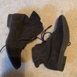 Report Signature Shoes - Brown lace up bootie